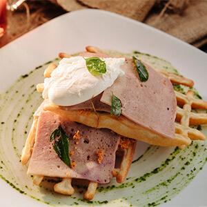 Pol Sambol, Chicken Bacon, Egg Waffle