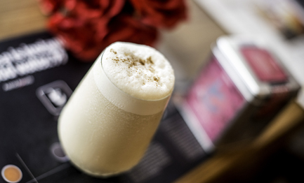 Rose with French Vanilla Ice Cream Tea Shake